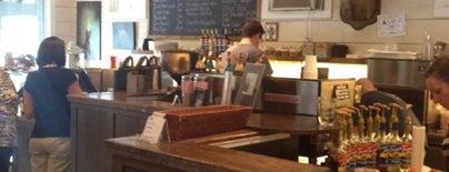 Buck's Coffee Cafe is one of สถานที่ที่ Daniel ถูกใจ.