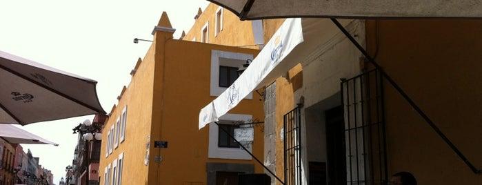 Café & Bar Rentoy is one of Para el desestrés en Puebla.