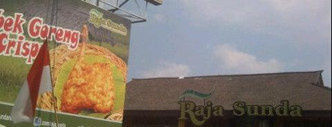 Raja Sunda is one of Lugares favoritos de Roes.