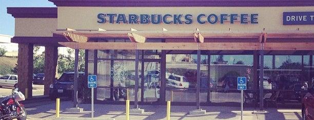 Starbucks is one of Posti salvati di Lisa.