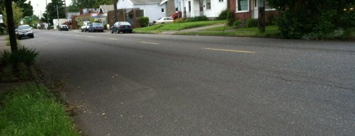 Overlook Neighborhood is one of Neighborhoods of Portland.