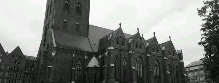 Hauptkirche St. Petri is one of StorefrontSticker #4sqCities: Hamburg.