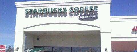 Starbucks is one of สถานที่ที่ Diego ถูกใจ.