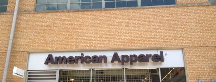American Apparel is one of StealingKitty'in Kaydettiği Mekanlar.