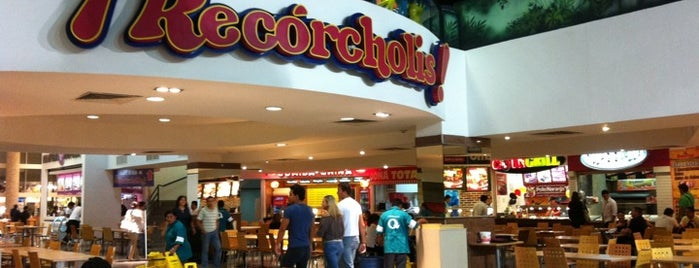 Food Court is one of Leo'nun Beğendiği Mekanlar.