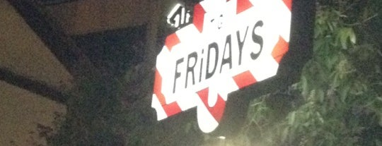 TGI Fridays is one of Joaquin 님이 좋아한 장소.
