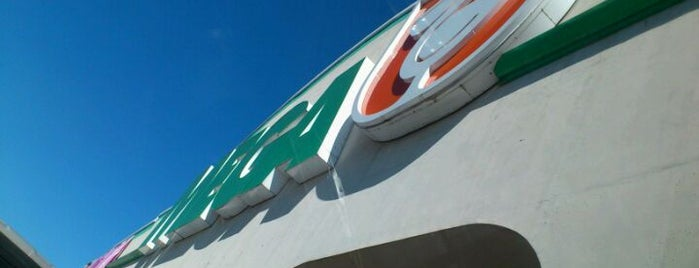 Mega Comercial Mexicana is one of Places visited.
