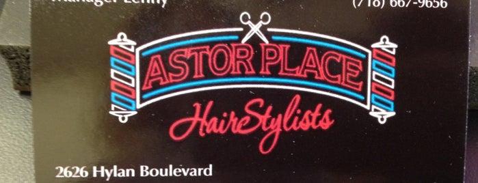 Astor Place Three Barber is one of Orte, die Alan-Arthur gefallen.