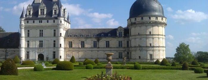 Château de Valençay is one of Châteaux de France.