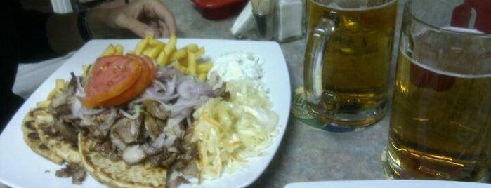 Manos Restaurant is one of Locais curtidos por Валерия.