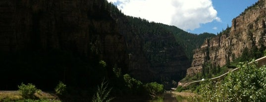 Glenwood Canyon is one of Tempat yang Disimpan Ryan.