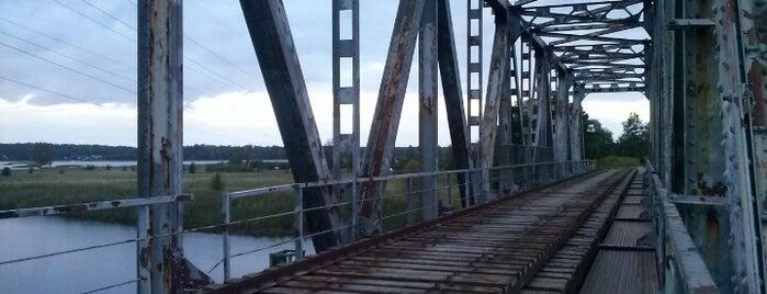 Juglas pamestais dzelzsceļa tilts is one of Laikam būs jāaiziet.