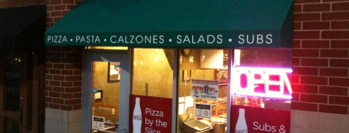 Bella Pizzeria is one of Jared's Liked Places.