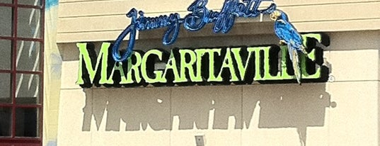 Margaritaville Niagara Falls is one of Lieux qui ont plu à Mark.