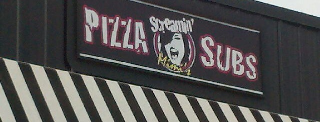 Screamin Mimi's Pizza And Subs is one of Lieux qui ont plu à Rebecca.