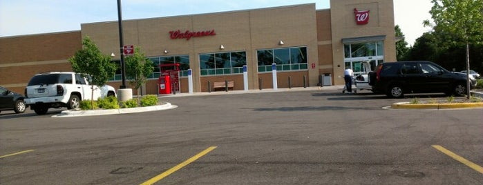 Walgreens is one of Amy's Liked Places.