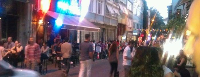 Kadıköy Barlar Sokağı is one of Top50 Reasons to Live on Asian Side of Istanbul.
