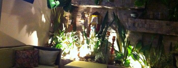Okey Restaurant is one of Locais curtidos por Massiel.