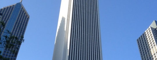 Aon Center is one of 101 places to see in Chicago before you die.
