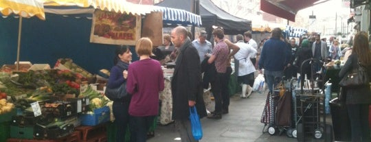 Tachbrook Street Market is one of Locais curtidos por Kevin.
