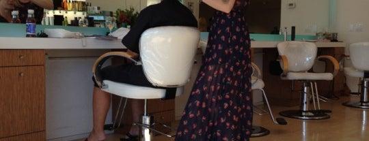 Hush Hush Hair Salon is one of Kristinaさんのお気に入りスポット.