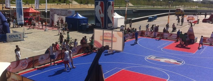 NBA  FANZONE is one of Madrid.