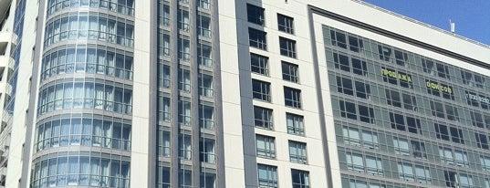 Holiday Inn is one of Гостиницы Санкт-Петербурга.