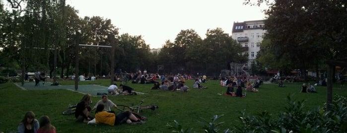 Annemirl-Bauer-Platz is one of Matheusさんのお気に入りスポット.
