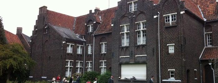 Groot Begijnhof (Elisabethbegijnhof) is one of Uitstap idee.