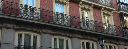 Hotel Catalonia Puerta del Sol is one of Hoteles en España.