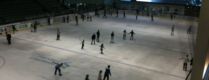 Dubai Ice Rink is one of Seyahat.