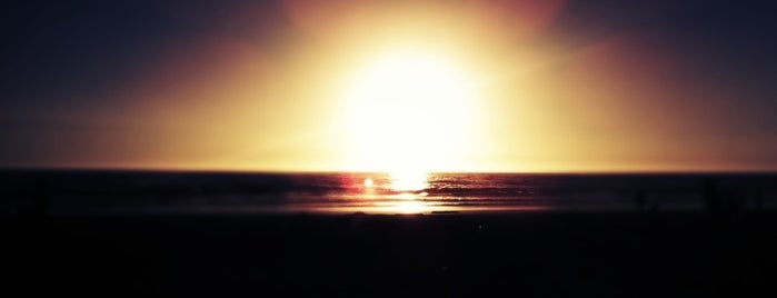 Playa Costa Azul is one of สถานที่ที่ Mario ถูกใจ.