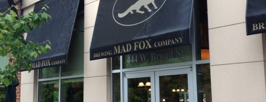 Mad Fox Brewing Company is one of Tempat yang Disukai Chrissy.