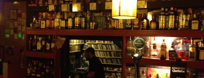13 Cats - Rock n Roll Bar is one of Bars in Barcelona.