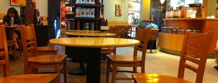 Starbucks is one of Tempat yang Disimpan Charles.