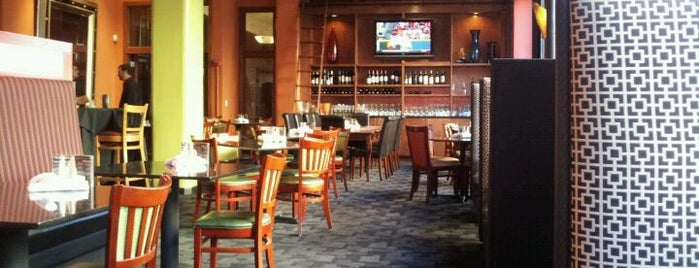 Mosaic Restaurant & Lounge is one of SND STL Locations & Tips.