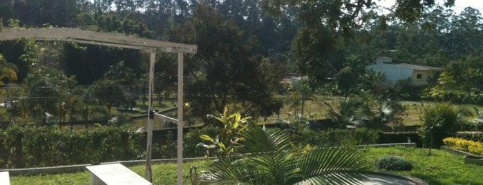 Chacara-  Piscina is one of Tempat yang Disukai cinthia.