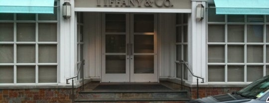 Tiffany & Co. is one of Lugares guardados de Jayant.