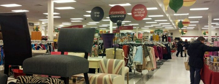 T.J. Maxx is one of Shoe Stores.