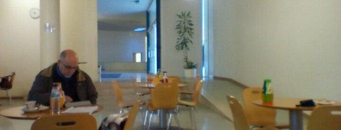 Complexo Pedagógico is one of Pc friendly & Free WIFI @Aveiro.