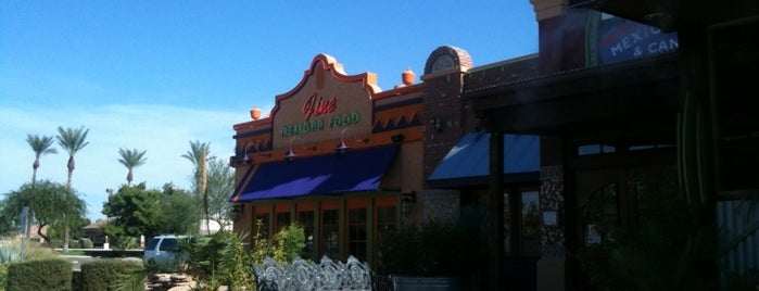 On The Border Mexican Grill & Cantina is one of Orte, die Nicholas gefallen.