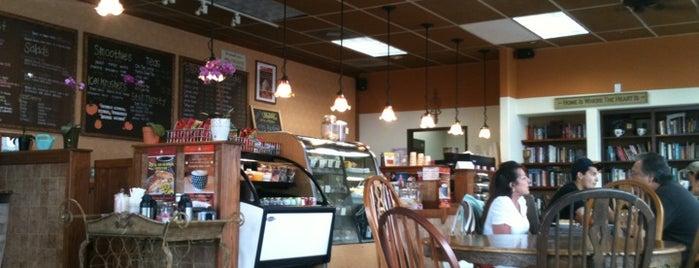 Sweet Elle Cafe is one of Locais curtidos por Jason.