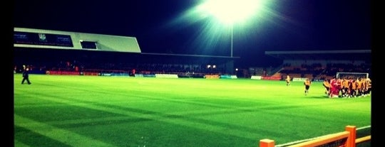 Underhill Stadium is one of Dirty FUXX's Guide to London on the Cheap.