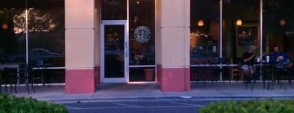 Starbucks is one of SchoolandUniversity.comさんのお気に入りスポット.