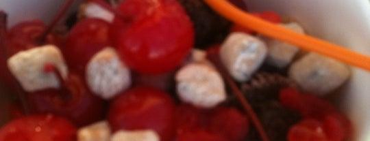 Orange Leaf Frozen Yogurt is one of Lugares favoritos de Sherri.