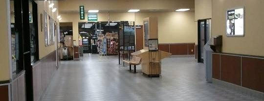 Topeka I-70 Service Plaza is one of al's Liked Places.