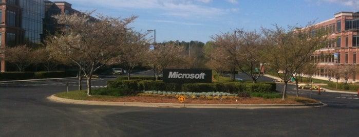 Microsoft Corporation is one of Tempat yang Disukai Nivine.