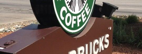 Starbucks is one of Locais curtidos por Andrea.