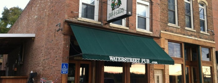Waterstreet Pub and Eatery is one of Bart 님이 좋아한 장소.