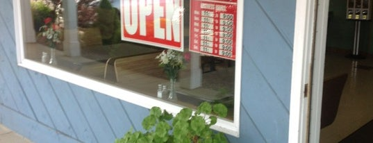 Ogunquit House Of Pizza is one of eva's Liked Places.